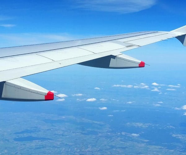 Flugbegleiter*in