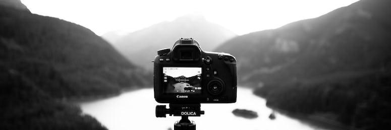 Fotograf*in