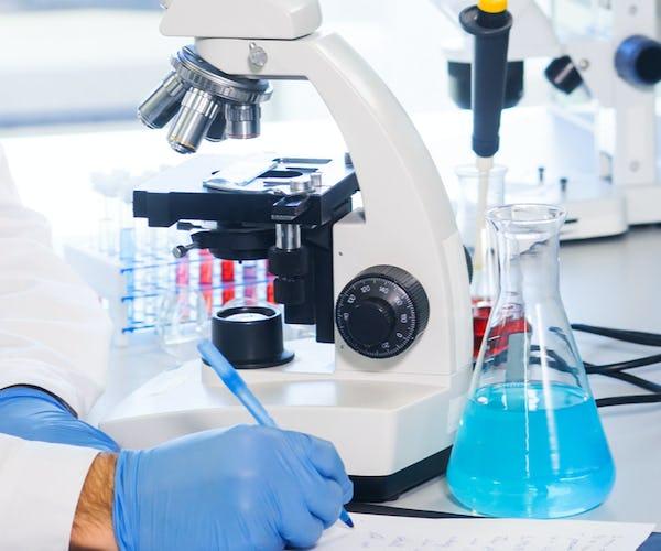 Facharzt*ärztin für Virologie