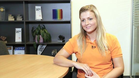 Elke Hattinger People Stories Jobs On Video Whatchado